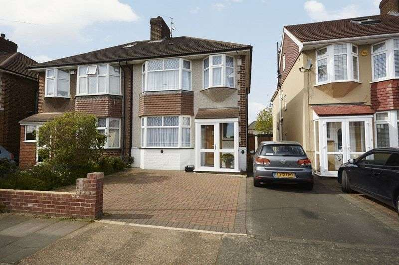 3 Bedrooms Semi Detached House for sale in Buxton Road, Erith DA8 3BJ