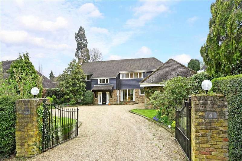 5 Bedrooms Detached House for sale in Sandown Avenue, Esher, Surrey, KT10