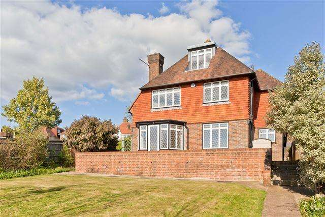6 Bedrooms Detached House for sale in Tongdean Avenue, Hove