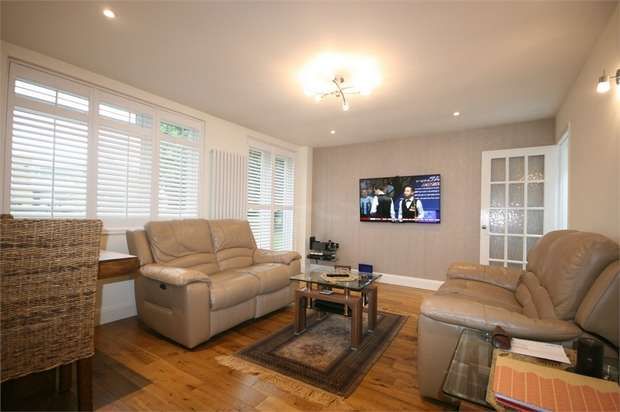 2 Bedrooms Maisonette Flat for sale in Walton Gardens, Preston Road, Wembley