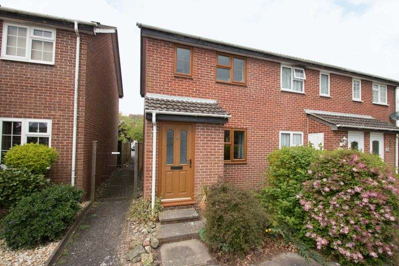 2 Bedrooms Terraced House for sale in Caernarvon Road, Chichester
