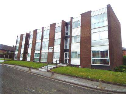 1 Bedroom Flat for sale in Chorley Road, Swinton, Manchester, Greater Manchester