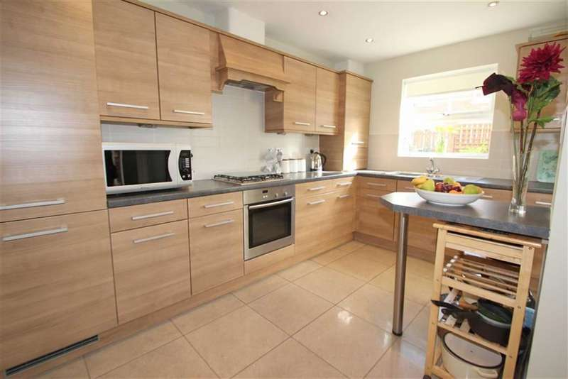 4 Bedrooms Property for sale in Earlsmeadow, Earsdon View, Newcastle, NE27