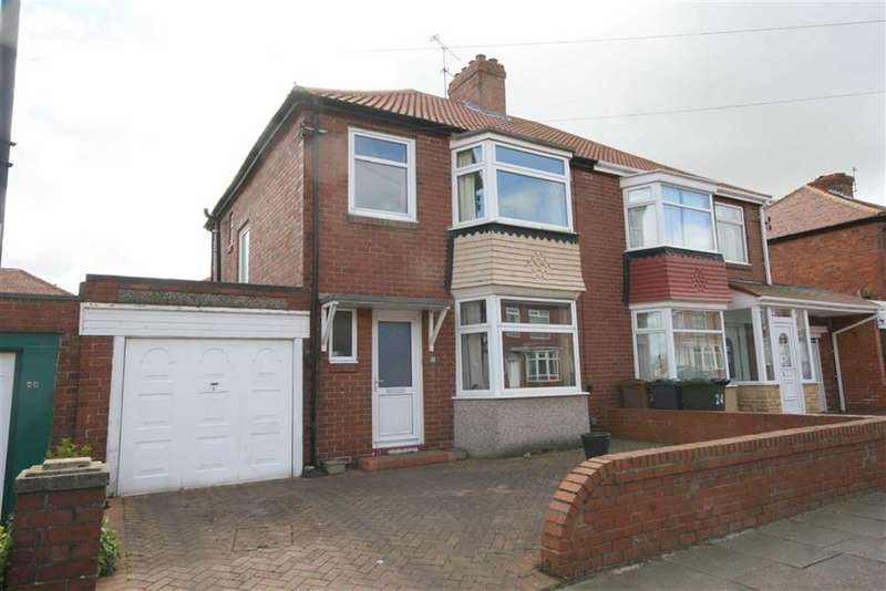 3 Bedrooms Property for sale in Burnside Road, Cullercoats, Tyne And Wear, NE30