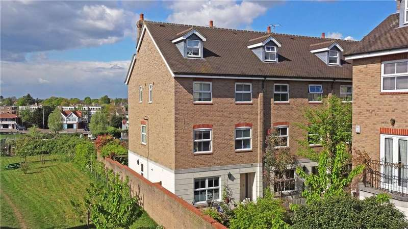 5 Bedrooms End Of Terrace House for sale in Evening Court, Newmarket Road, Cambridge, CB5
