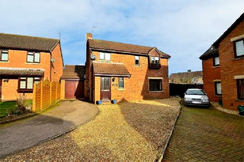 5 Bedrooms Detached House for sale in Wrenbury Road, Northampton, Northamptonshire. NN5 6YG