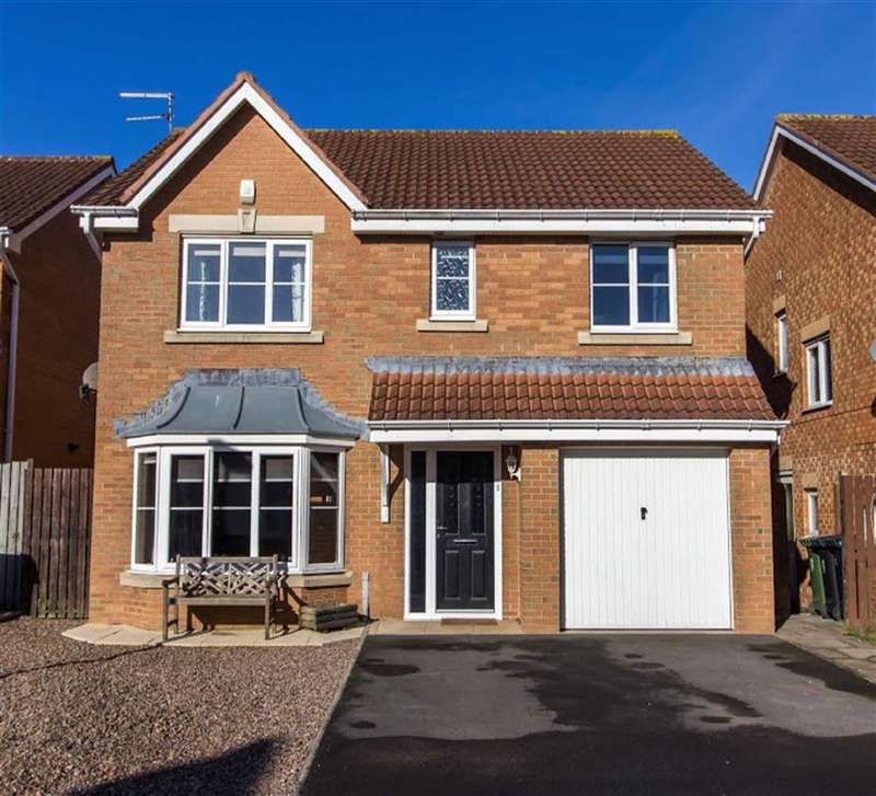 4 Bedrooms Detached House for sale in Belsay Grove, Bedlington