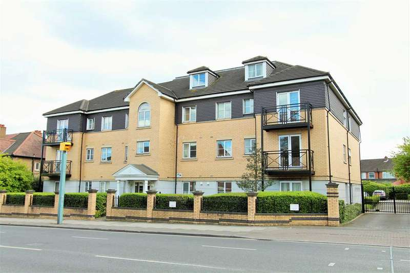 3 Bedrooms Apartment Flat for sale in Bowles Court, 57 Kenton Road, Harrow