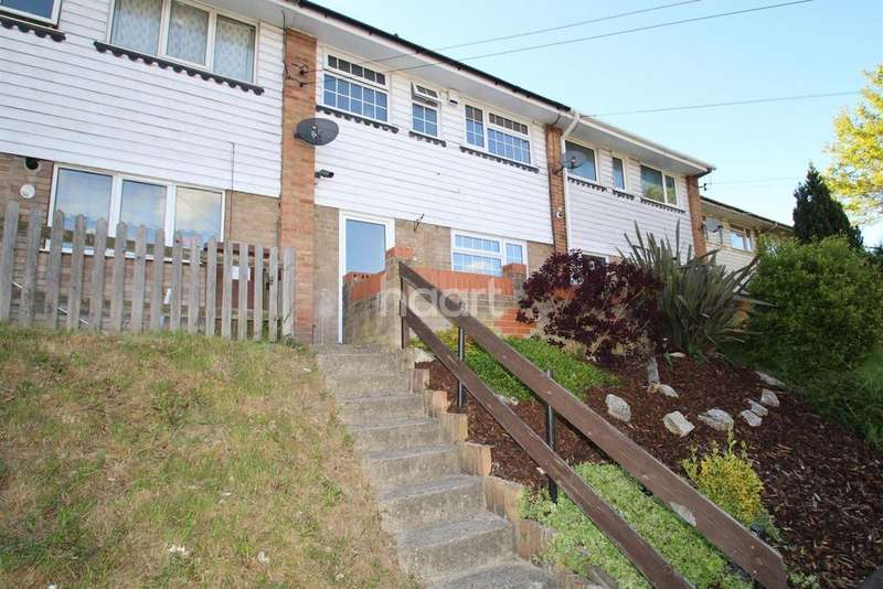 3 Bedrooms Terraced House for sale in Princes Avenue, Walderslade