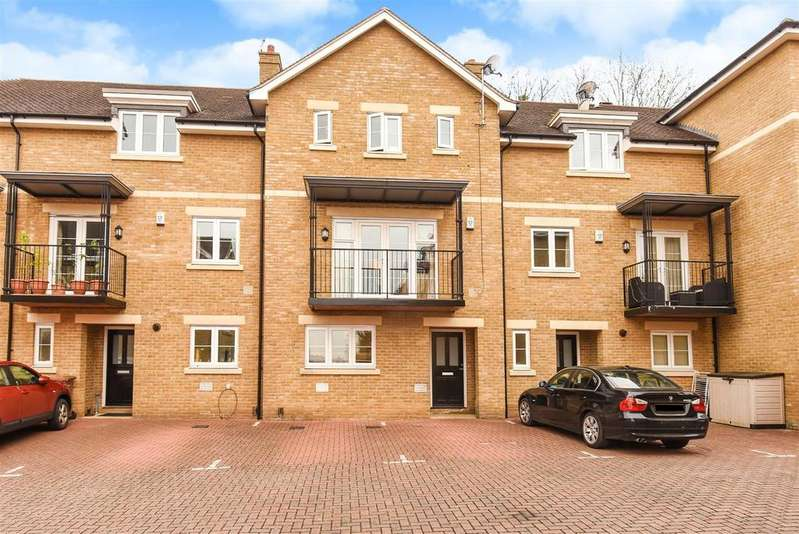 4 Bedrooms Terraced House for sale in The Court, Mary Price Close, Marston