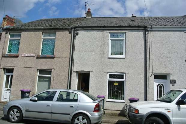 2 Bedrooms Terraced House for sale in Freeholdland Road, Pontnewynydd, PONTYPOOL, Torfaen