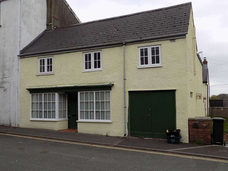 3 Bedrooms House for sale in Combe Street, Chard