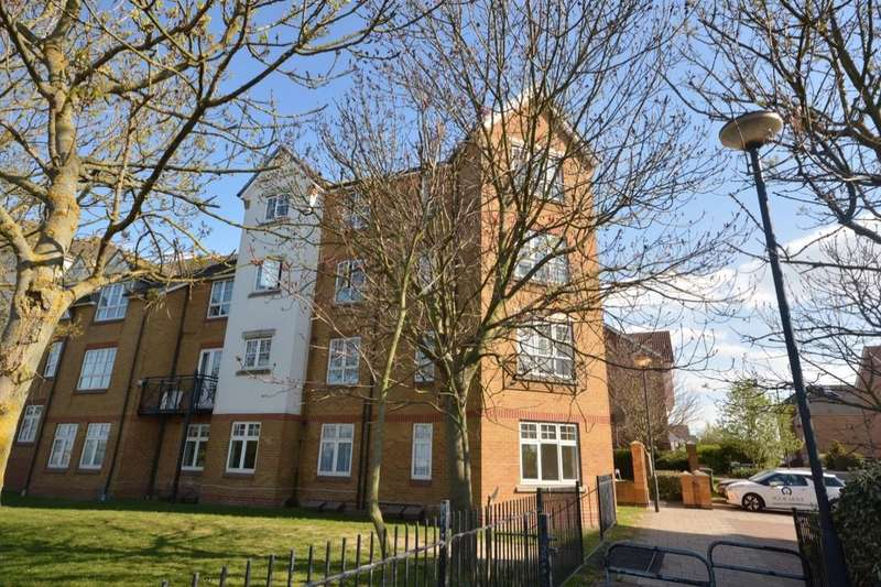 2 Bedrooms Flat for sale in Greenhaven Drive, Central Thamesmead , London, SE28
