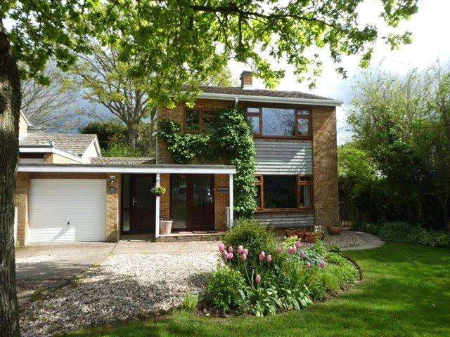 4 Bedrooms Link Detached House for sale in Olivers Battery Road South, Winchester, Hampshire, SO22