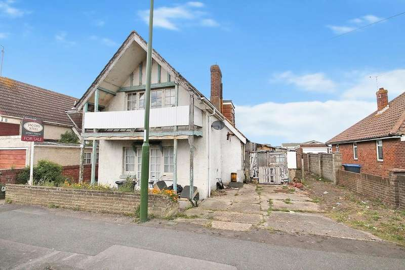 4 Bedrooms Detached House for sale in Brighton Road, Lancing, BN15 8JP