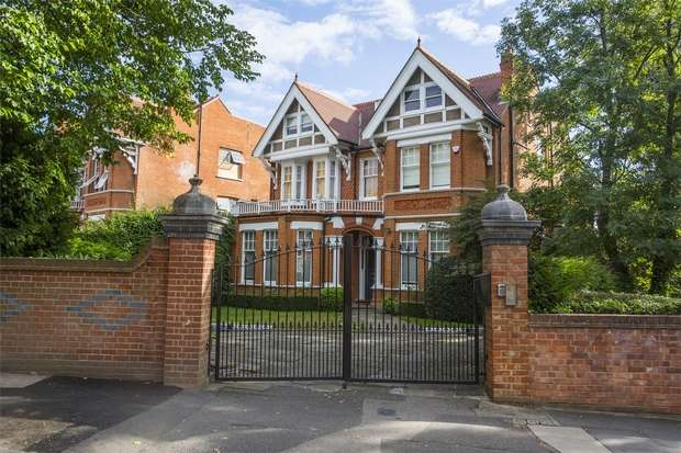 7 Bedrooms Detached House for rent in Blakesley Avenue, Ealing