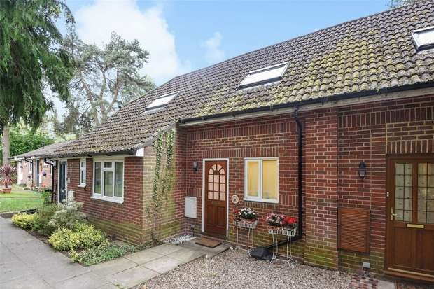 1 Bedroom Terraced House for sale in Nine Mile Ride, FINCHAMPSTEAD, Berkshire