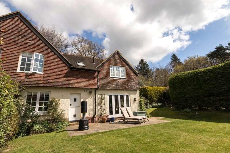4 Bedrooms Semi Detached House for sale in Fernden Hill Cottages, Fernden Lane, Haslemere, Surrey, GU27