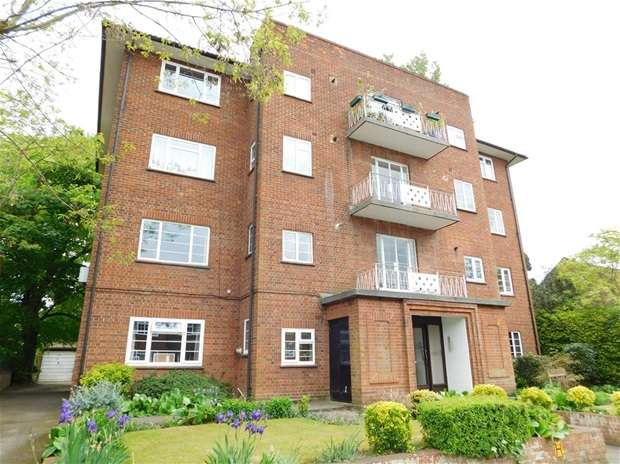 2 Bedrooms Flat for sale in Uxbridge Road, Kingston Upon Thames