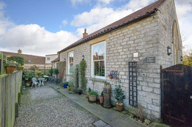 3 Bedrooms Cottage House for sale in Chapel Cottage, Sproxton, York