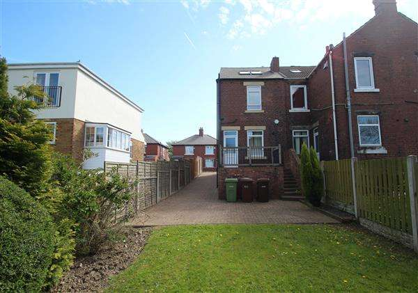 3 Bedrooms Terraced House for sale in George Street, South Hiendley