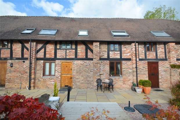 2 Bedrooms Mews House for sale in 4 King Charles Barns, Madeley, Telford, Shropshire