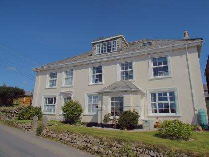 1 Bedroom Maisonette Flat for sale in Row, Bodmin, Cornwall