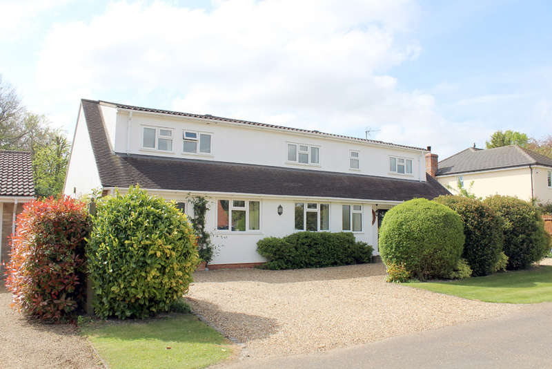 5 Bedrooms Detached House for sale in Heathfield, Royston