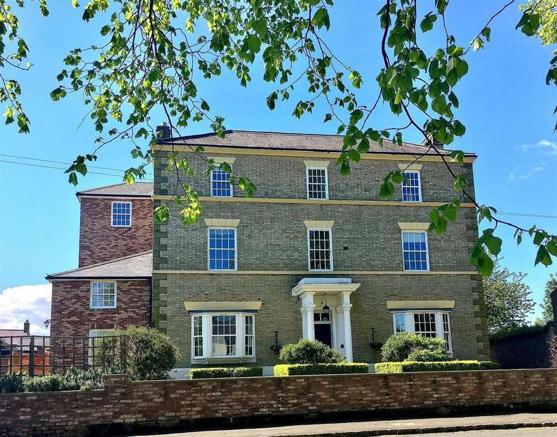 2 Bedrooms Apartment Flat for sale in Front Street, Sowerby, Thirsk