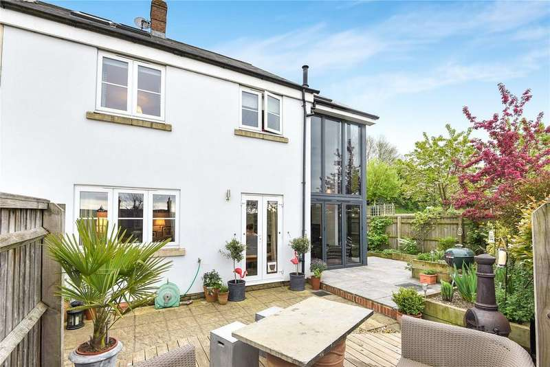 3 Bedrooms Semi Detached House for sale in Valley View, Aldbourne, Marlborough, Wiltshire