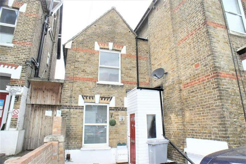 2 Bedrooms Semi Detached House for sale in Langley Road, Beckenham
