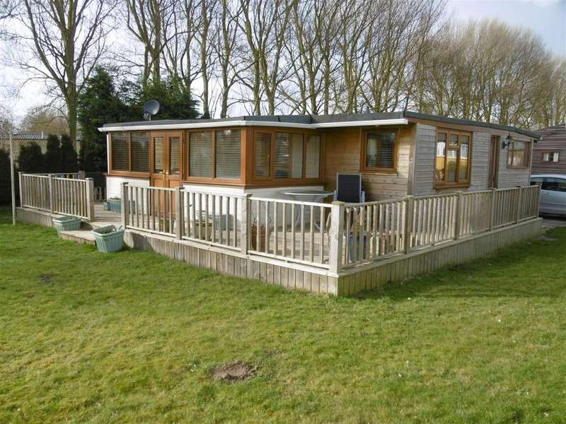 2 Bedrooms Detached Bungalow for sale in 11th Avenue, Fitties, Humberton