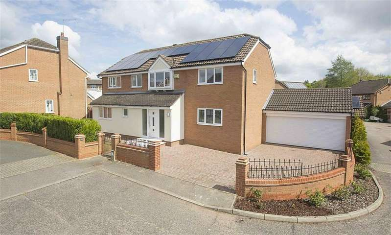4 Bedrooms Detached House for sale in Briery Close, Great Oakley, Northamptonshire
