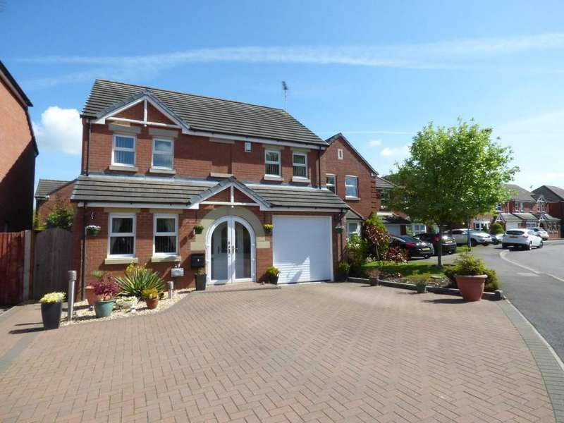 4 Bedrooms Detached House for sale in Cornwall Drive, Stafford