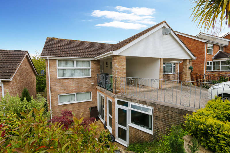 3 Bedrooms Semi Detached House for sale in Howard Close, Teignmouth