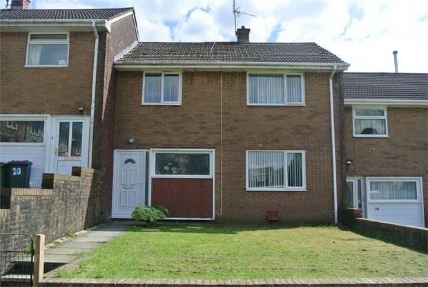 3 Bedrooms Terraced House for sale in Hazel Walk, Croesyceiliog, CWMBRAN, Torfaen
