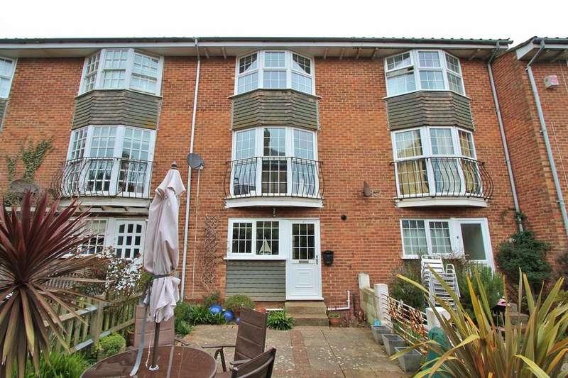 3 Bedrooms Mews House for sale in Robin Dene