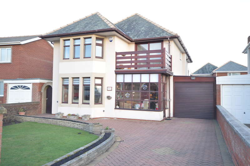 4 Bedrooms Detached House for sale in Clifton Drive, South Shore