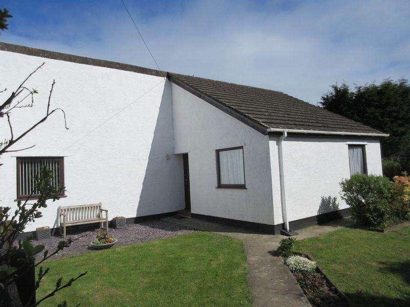 3 Bedrooms Bungalow for sale in Nant Y Mynydd, Llanfechell