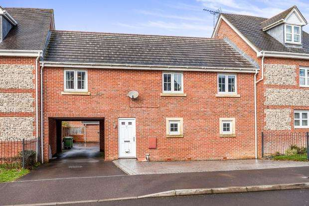 2 Bedrooms Terraced House for sale in Four Marks, Alton, Hampshire