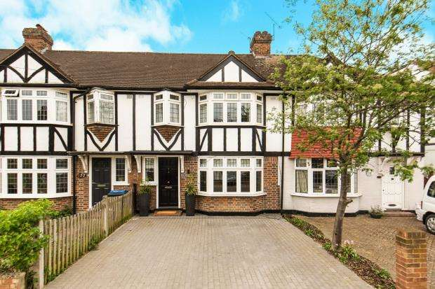 3 Bedrooms Terraced House for sale in Kingston, Surrey, England