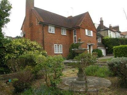Detached House for sale in Friern Barnet Lane, Friern Barnet