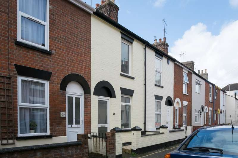 2 Bedrooms Terraced House for sale in Victoria Street, Great Yarmouth