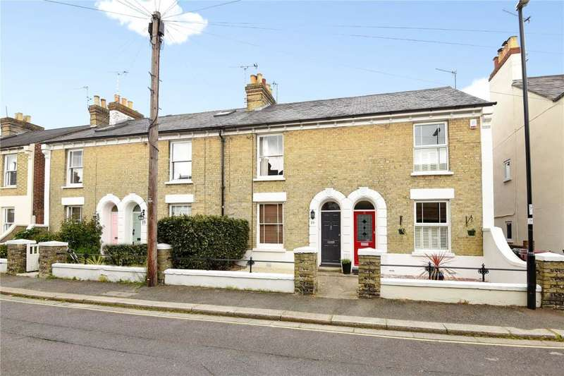 3 Bedrooms Terraced House for sale in Caledonian Road, Chichester, West Sussex, PO19