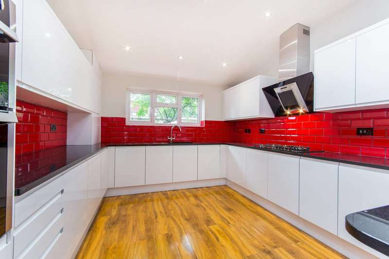 5 Bedrooms House for sale in Headcorn Road, Norbury, CR7