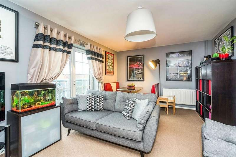 2 Bedrooms Flat for sale in Groveland Road, Tipton, West Midlands