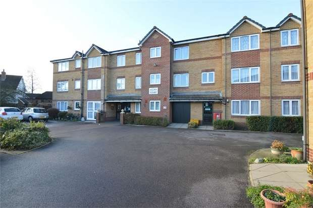 1 Bedroom Flat for sale in Acorn Court, High Street, Waltham Cross, Hertfordshire