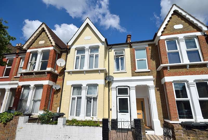 4 Bedrooms Terraced House for sale in Coleraine Road, Wood Green, London. N8