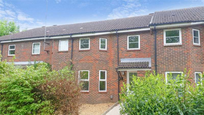 3 Bedrooms Terraced House for sale in Woodhall Lane, WELWYN GARDEN CITY, Hertfordshire