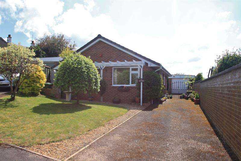 2 Bedrooms Bungalow for sale in Pencraig View, Ross-On-Wye